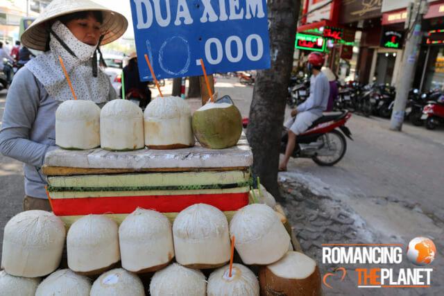 Women selling coconut water
