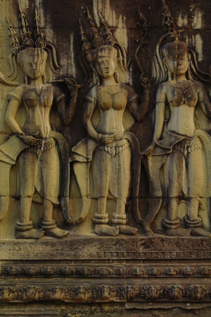 Apsarasa carved on the walls if Angkor Wat