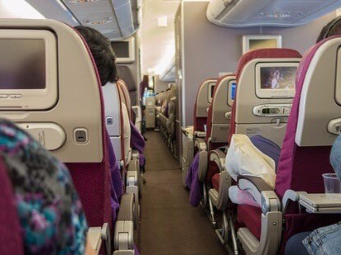 aircraft-1583876_640
