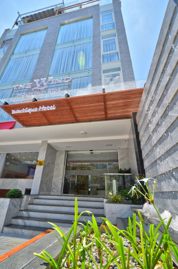 the wind hotel in vung tau - entrance