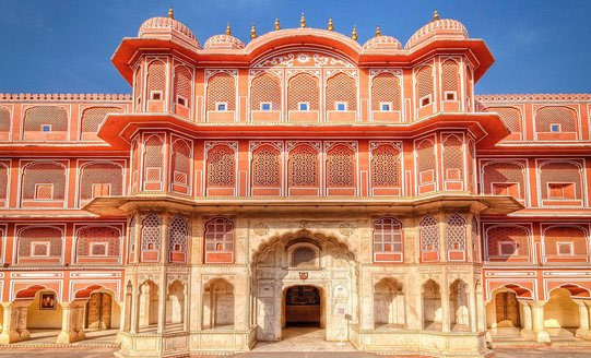 destinations in jaipur - city palace