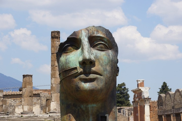 historical destinations in europe - pompeii