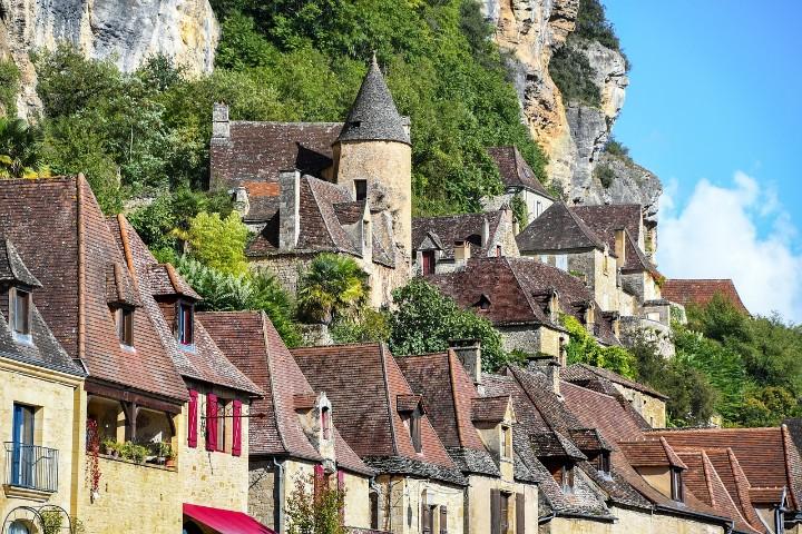 historical destinations in europe - Dordogne