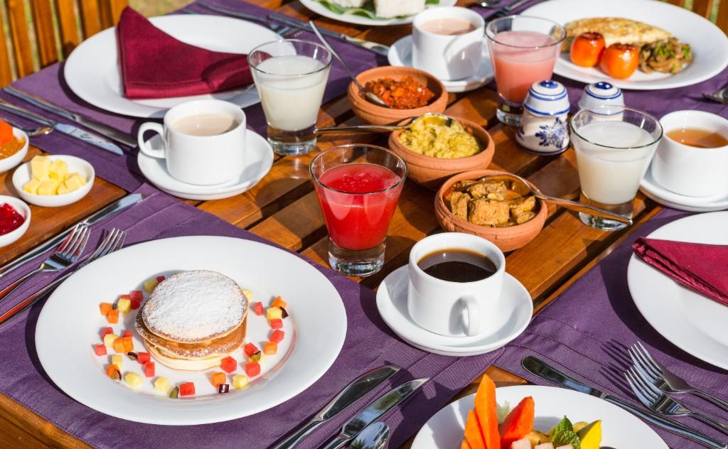 Ranna Beach Villa - dining