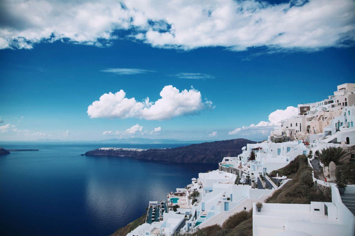 santorini - island holidays in greece