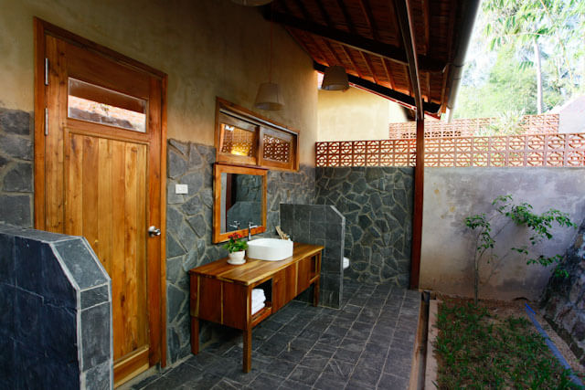 Open bathroom, but lot of privacy