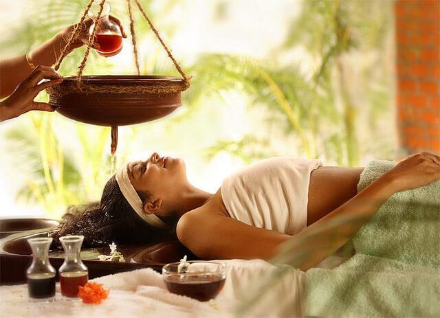 Sri Lankan Ayurveda massage