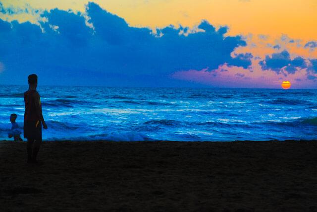 Sunset on Waskaduwa beach